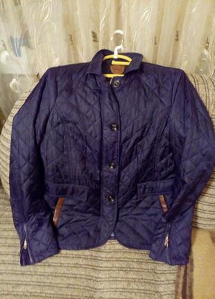 Стёганая весенняя женская курточка .