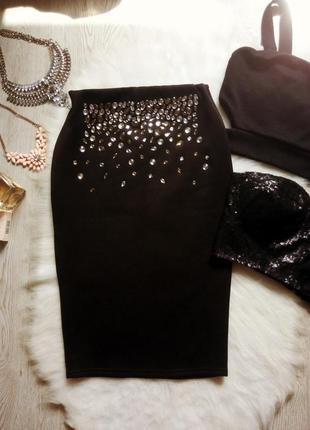 Черная нарядная юбка миди карандаш неопрен с блестящими камнями стразами в обтяжку стрейч