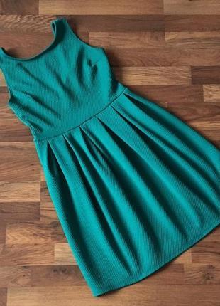 Фактурное нарядное бирюзовое  зеленое платье размер m