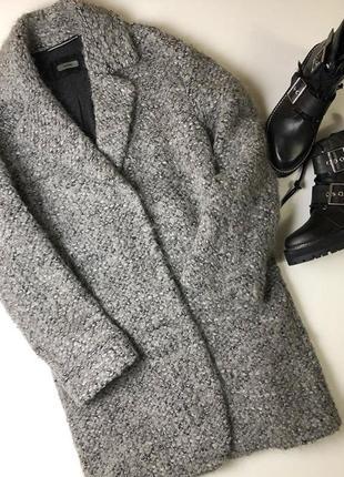 Пальто шерстяное зимнее