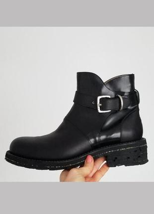 Шикарные,дорогие,стильные ботинки,кожа,брендовые