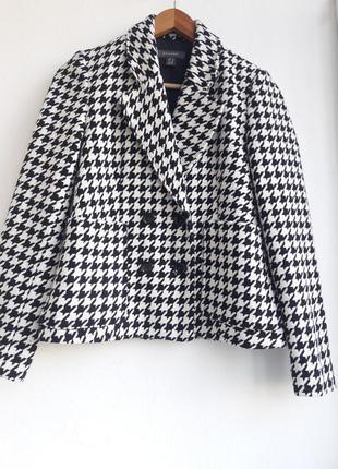 Пиджак жакет пальто