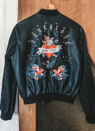 Курточка paul&zera с вышивкой