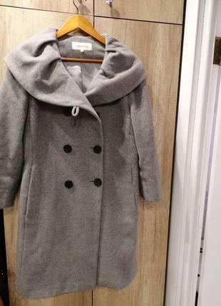 Пальто демисезонные calvin klein оригинал.