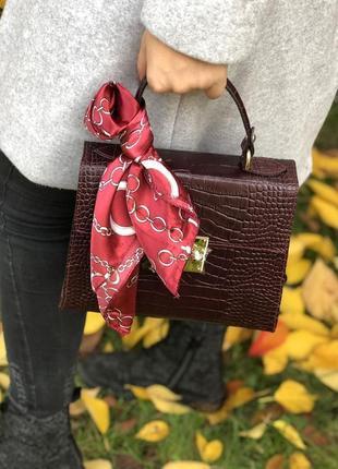 Кожаная сумка с платком италия