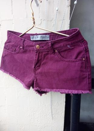 Бордовые темно красные короткие шорты джинс необр край от denim co