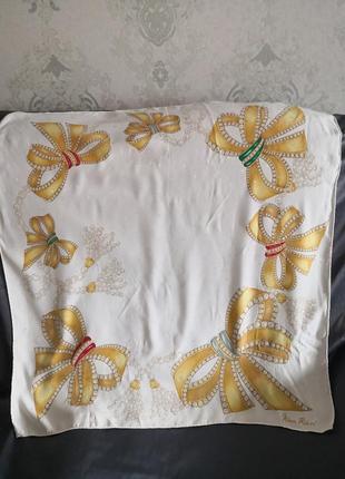 Роскошный брендовый платок nina ricci