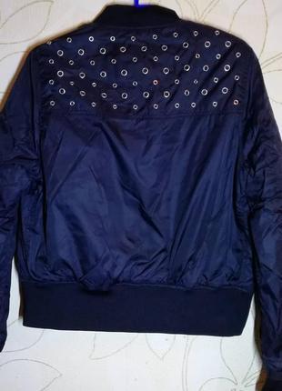 Бомбер куртка jennyfer