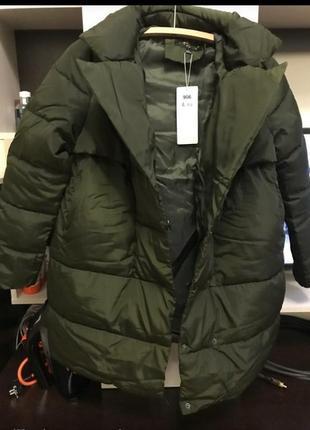 Зимняя , дутая,объемная куртка