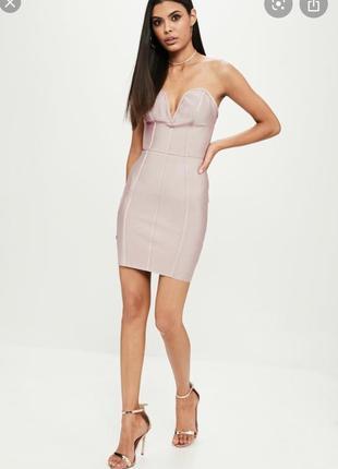 Шикарное бандажное платье от missguided,цвет пыльная роза