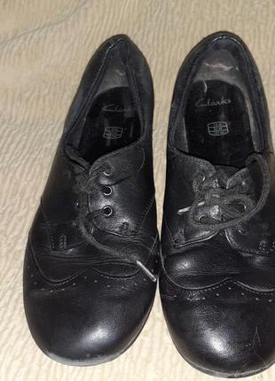 Кожаные туфли clarks 32р.