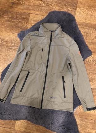 Женская термо куртка бренда sherpa