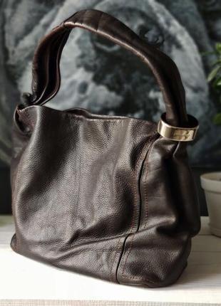 Jimmy choo. большая сумка из натуральной кожи.
