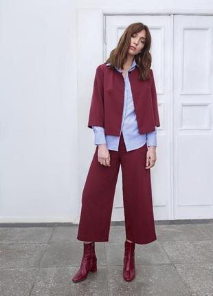 Стильные вельветовые брюки-кюлоты марсала цвета