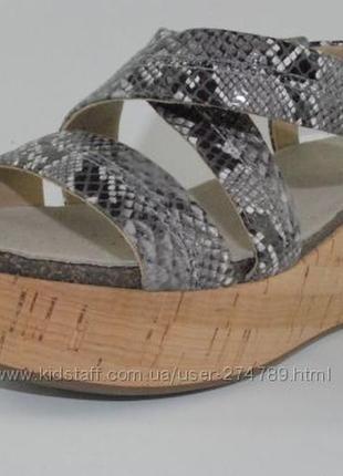 Босоножки geox для женщин, 40 р, 26 см