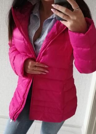Спортивный ярко розовый неоновый  зимний пуховик united colors of benetton