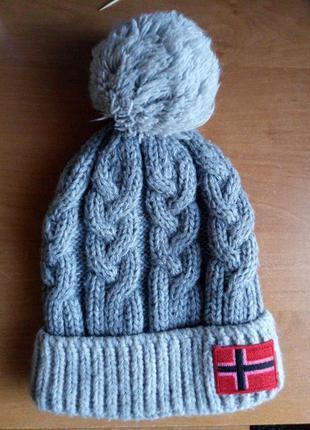 Теплая шапочка
