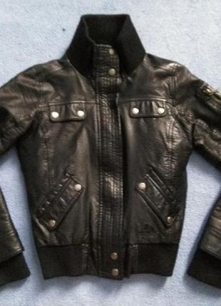 Кожаная чёрная куртка кожанка шкіряна весняна куртка