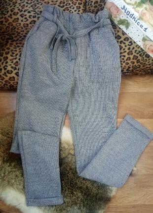 Серые повседневные брюки  из теплой ткани -размеры