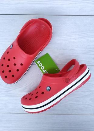 Красные сабо crocs