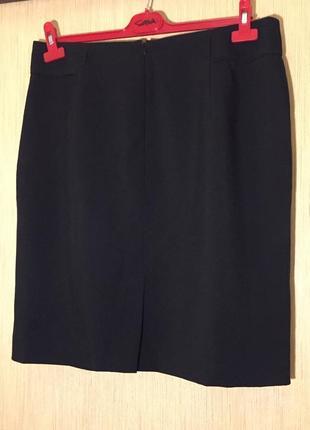 Чёрная прямая юбка 50-52 размера