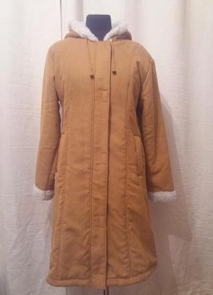 Куртка довга рижого кольору