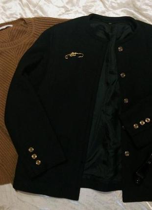 Шикарный тёплый шерстяной классический  пиджак