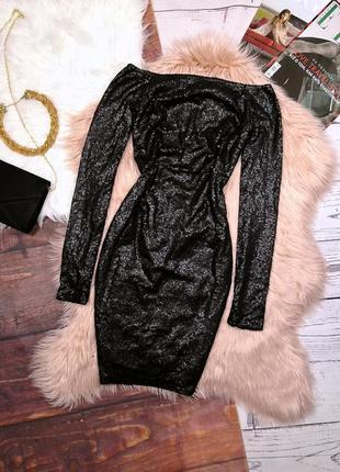 Чёрное блестящее новогоднее вечернее платье в пайетки