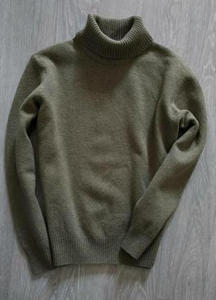 Шерстяной свитер хаки