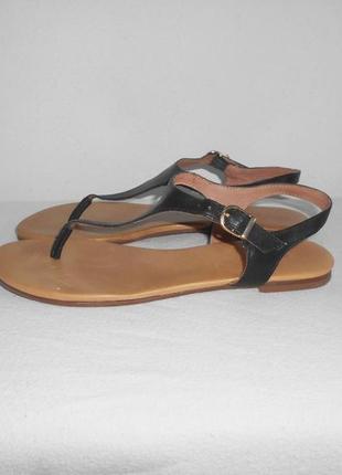 Черные  кожаные босоножки сандалии на плоской подошве max бразилия