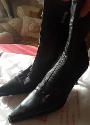 Ботинки италия.
