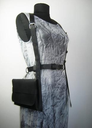 Поясная  сумка на ремне  с портупеей из плотной натуральной кожи. тренд 2021