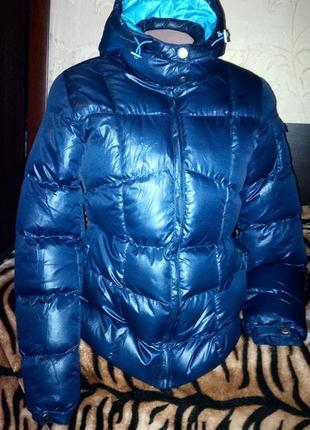 Фирменная теплая куртка.