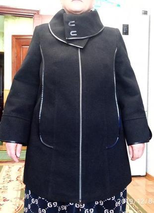 Чёрное пальто giorgio, размер 50-52