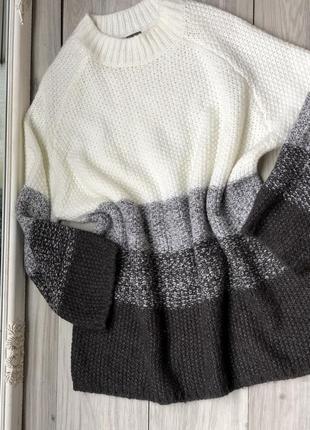 Шикарный удлиненный шерстяной свитер xl