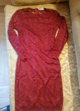 Платье женское бордовое гипюровое