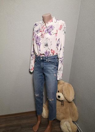 Очень классные джинсики с рваностями