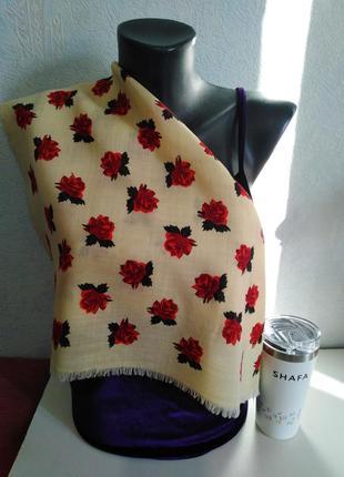 Натуральная шерсть, шейный платочек *розочки 🌹*, 50*51