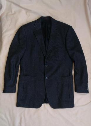 Продам стильный  молодежный  пиджак  pierre cardin(оригинал)(шлифованная шерсть)