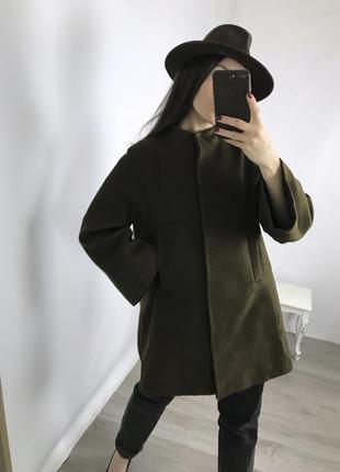 Стильное пальто с красивой спинкой и удобными кармашками!