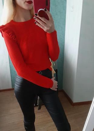 Стильный джемпер, свитер,  кофточка в рубчик с рюшей