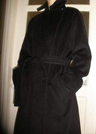 Шерстяное двубортное длинное пальто max mara с поясом