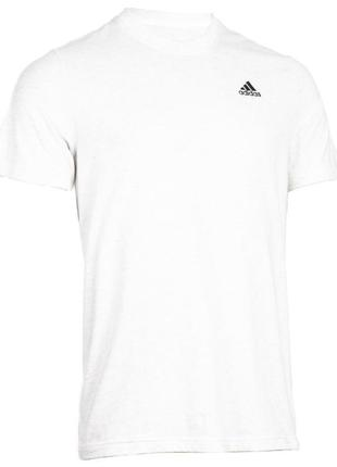 Белоснежная футболка размер м adidas оригинал из последних коллекций