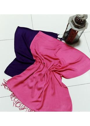 Малиновый шарф палантин из вискозы