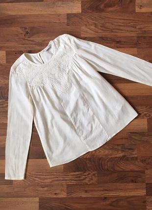 Коттоновая нарядная блуза цвет молочный размер s