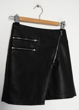 Кожаная асимметричная юбка на молнии h&m divided