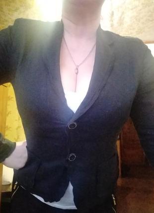 Льняной женский пиджак