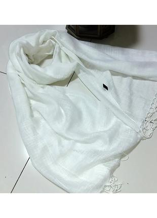 Белый шарф -палантин из льна