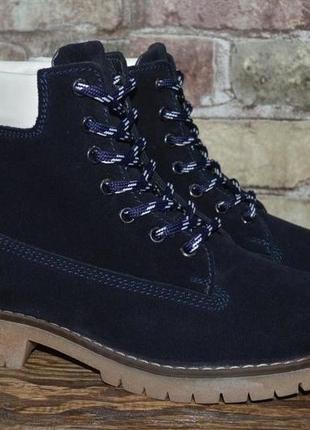 Новые натуральные фирменные ботинки на меху 38р.