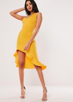 Неопреновое платье с оборкой missguided,  размер 10
